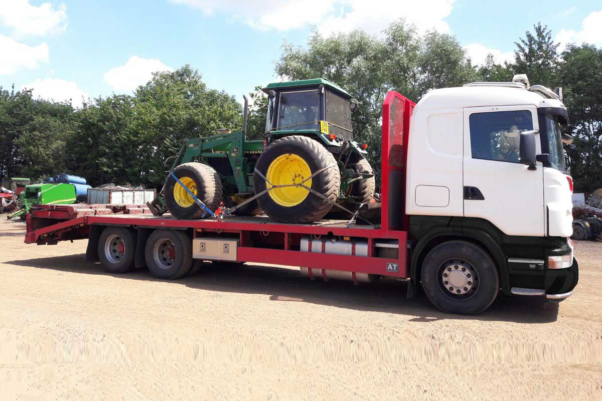 Tractor - img02