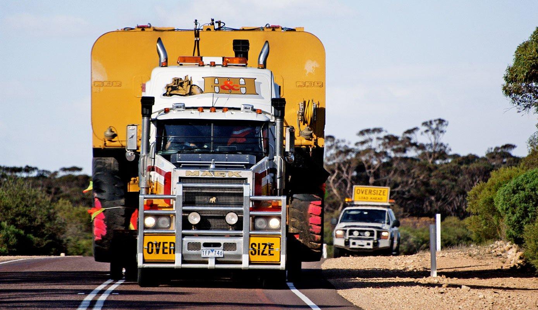 Heavy Haulage Trucks 02